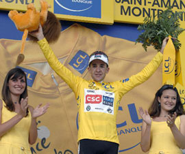环法:舒马赫胜世界冠军计时赛段折桂萨斯特雷黄衫