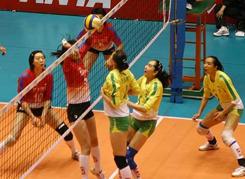 08-09赛季全国女排联赛A组第18轮:辽宁3比2胜江苏