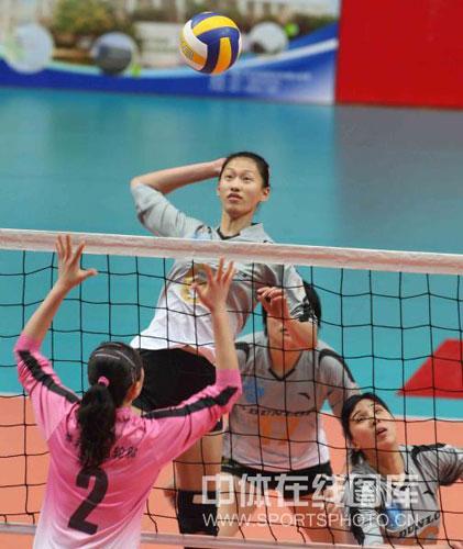 上海女排全方位展现优势高度提升堪称加强版天津