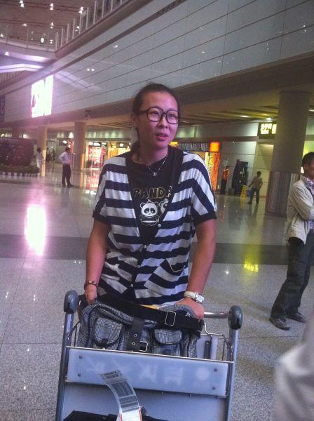 机场偶遇冯坤