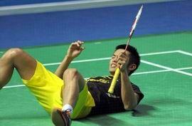 林丹鏖战7赛点2-0胜谌龙中羽赛5度封王成第一人