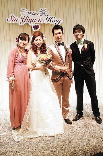 亚运冠军娶美女主播。图片来源:香港《文汇报》