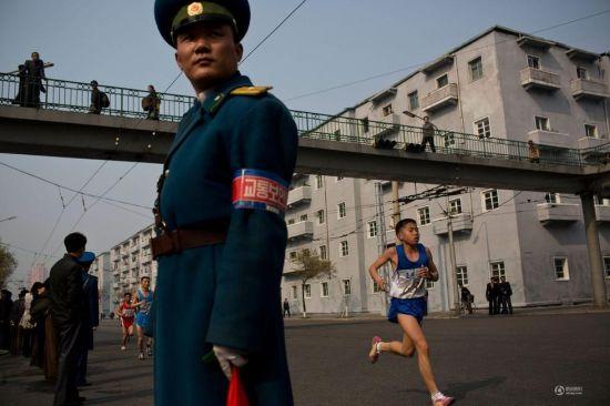 朝鲜马拉松比赛中