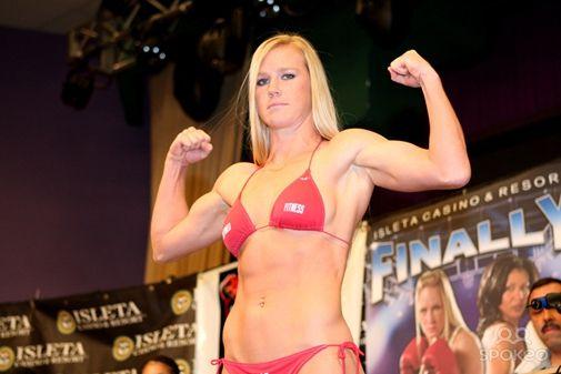 前女子拳击世界冠军霍莉 霍尔姆