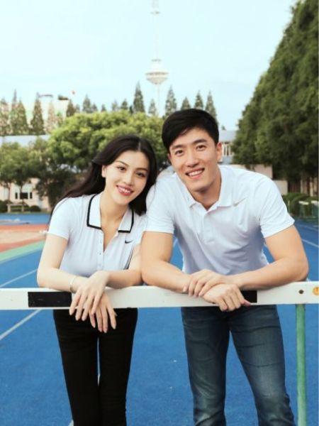 刘翔与女友合影