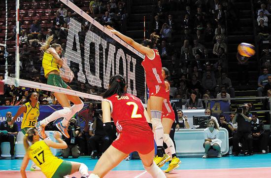 中国女排惨败巴西
