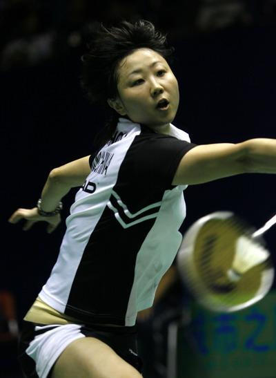 图文-中羽赛女单第二轮战况周蜜努力拼搏每一球