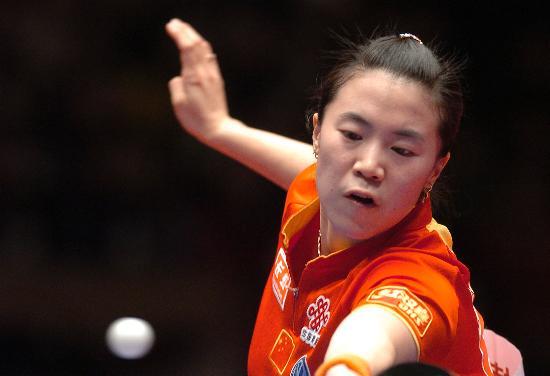 图文-世界乒球总冠军赛女单决赛王楠四两拨千斤