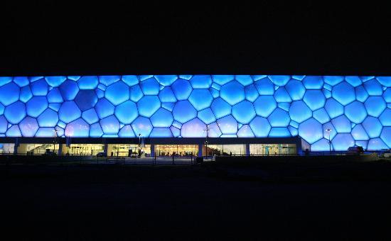 """图文-""""水立方""""竣工并交付使用 蓝色的气泡更迷人"""