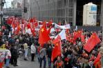 图文-全球华人护圣火柏林游行 柏林街头红色海洋