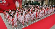 图文-奥运圣火在澳门传递120名火炬手齐聚现场