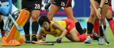 图文-女曲冠军杯赛中国0-2德国高丽华奋不顾身