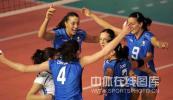 图文-瑞士女排精英赛意大利3-0荷兰 意大利庆祝胜利