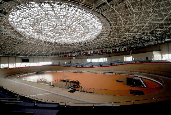 """图文-老山自行车馆创多项""""之最"""" 双层球面结构"""