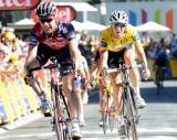 图文-环法第16赛段结束领骑选手也有落后时