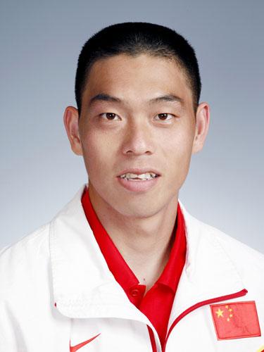 图文-北京奥运会中国代表团成立 皮划艇队员刘海涛