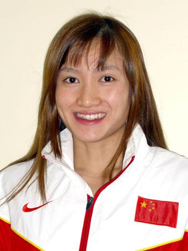 图文-北京奥运会中国代表团成立 游泳队队员陈燕燕