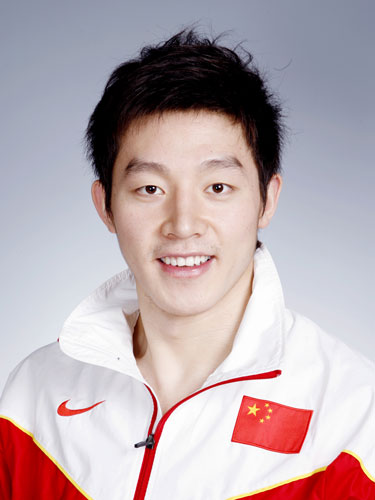 图文-北京奥运会中国代表团成立 游泳队队员薛瑞鹏