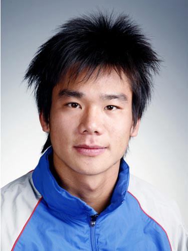 图文-北京奥运会中国代表团成立 男曲队员刘宪棠
