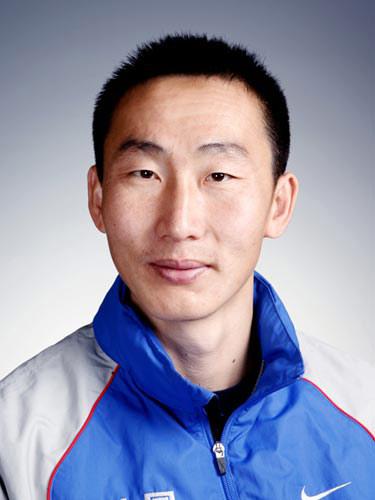 图文-北京奥运会中国代表团成立 男曲队员德云泽