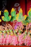 图文-北京奥运圣火在洛阳传递 城市庆典上的表演