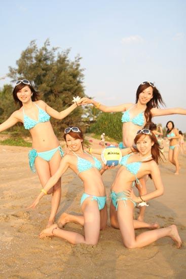 图文 沙滩排球宝贝惊艳海滩写真