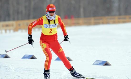 图文-女子越野滑雪5公里赛况中国选手唐佳琳