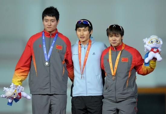 图文-大冬会男子速滑100米颁奖仪式双雄难阻韩流