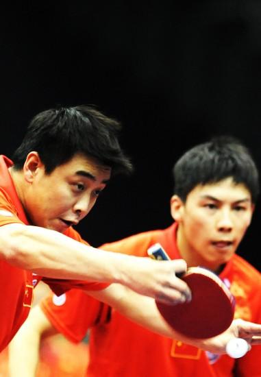 图文-世乒赛男双第三轮激战王皓回球气势凶猛
