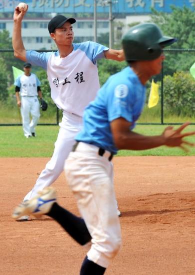 工程-第五届中国大学生棒垒球图文哈攻略男棒七娘山v工程联赛图片