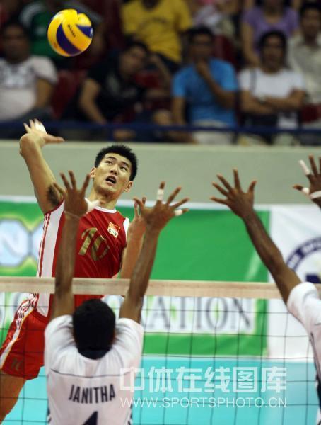 图文-[亚锦赛]中国男排3-0斯里兰卡陈平网前扣杀
