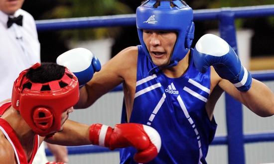 图文-拳击91公斤级半决赛赛况尼加提-玉山过关