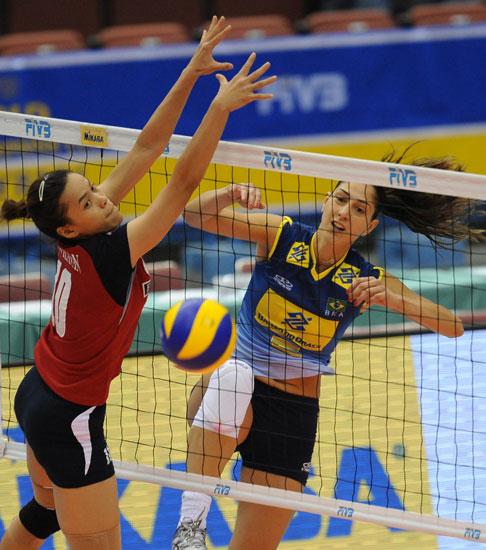 图文-女排大冠军杯巴西3-0泰国泰国网口出现空档