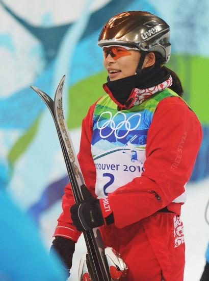 图文-自由式滑雪空中技巧决赛郭心心等待成绩