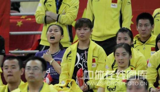图文-尤杯决赛中国1-3韩国丢冠王仪涵为队友喊加油