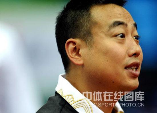 图文-世乒赛男团中国3-0俄罗斯刘国梁正指点弟子