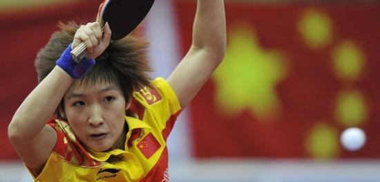 图文-世乒赛中国女队闯入决赛刘诗雯头发竖起