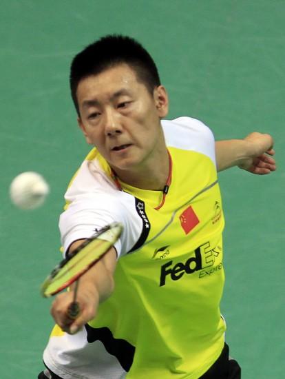 图文-羽毛球世锦赛第2日男单赛况陈金面部有些变型
