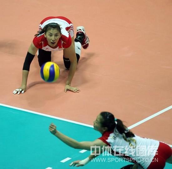 图文-大奖赛总决赛中国3-0波兰魏秋月救球