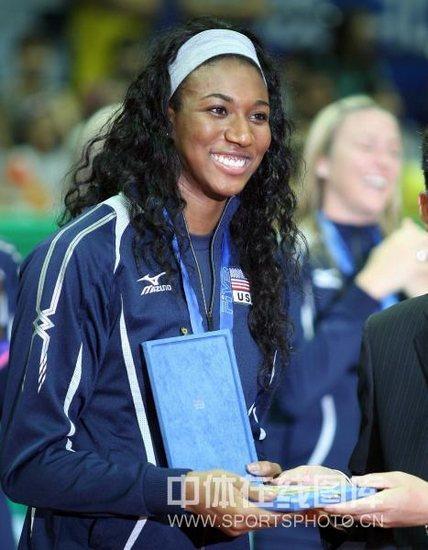图文-世界女排大奖赛颁奖仪式MVP为阿金拉德沃
