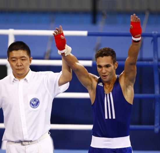 图文-[武搏会]拳击比赛第二日赛况埃利瓦举手夺冠