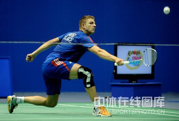 图文-羽球大师赛林丹跻身八强法国选手面露不屑