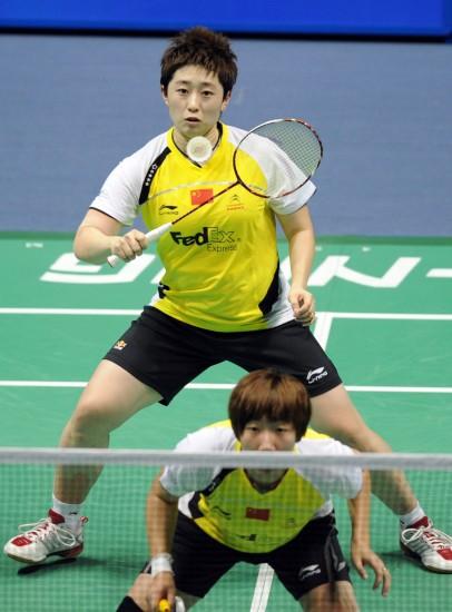 图文-中国羽毛球大师赛女双决赛于洋后场控制