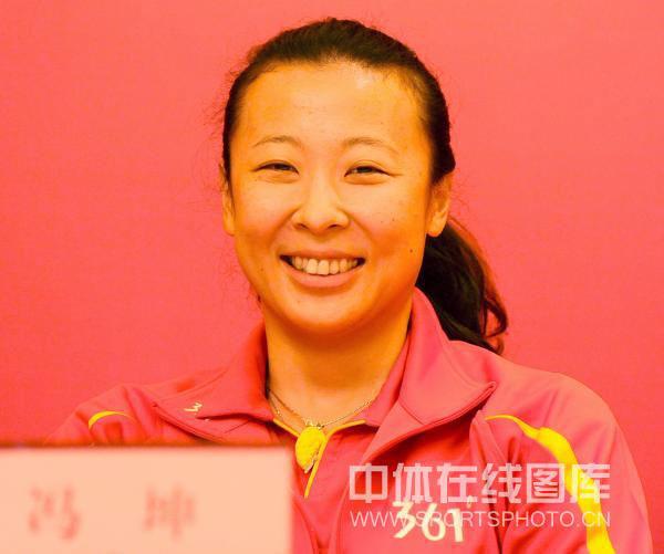冯坤再战女排联赛