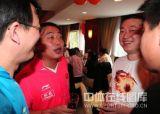 刘国梁和马琳等交谈