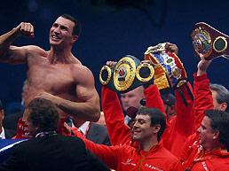 小克里钦科卫冕IBF和WBO金腰带