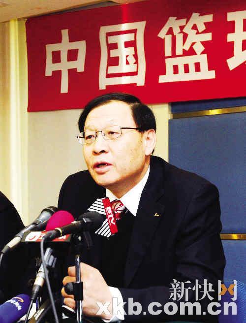 篮协有意反告凤铝立马回应:请安排时间北京见