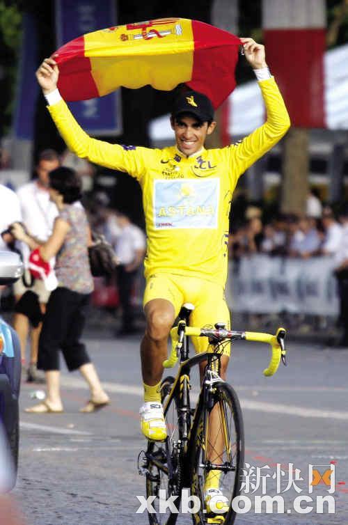 阿斯塔纳车队的西班牙车手康塔多继2007年之后,再度将环法总冠军收入