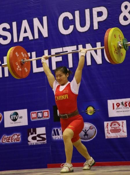 张雪萍获三枚金牌