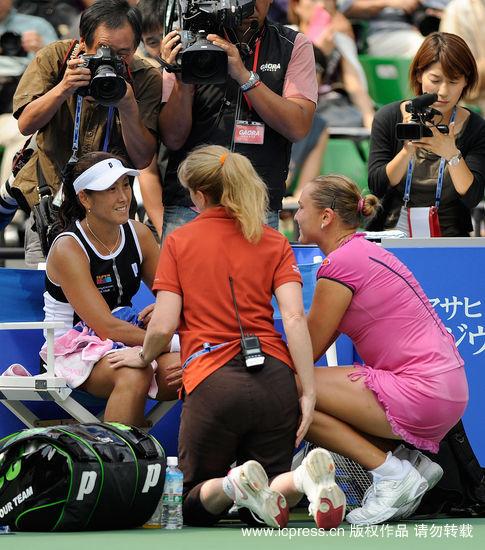 杉山爱因伤退赛结束17年生涯日本皇后捧场谢幕战